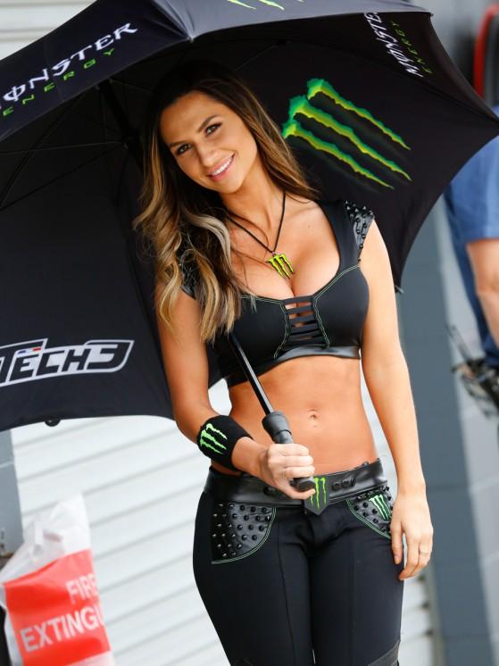 Gadis-Litar-Motor-GP-Australia-2014-3