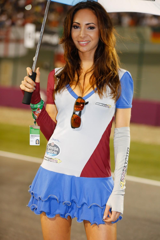 Gambar gadis litar Motor GP Qatar yang berlangsung pada 29 Mac yang ...